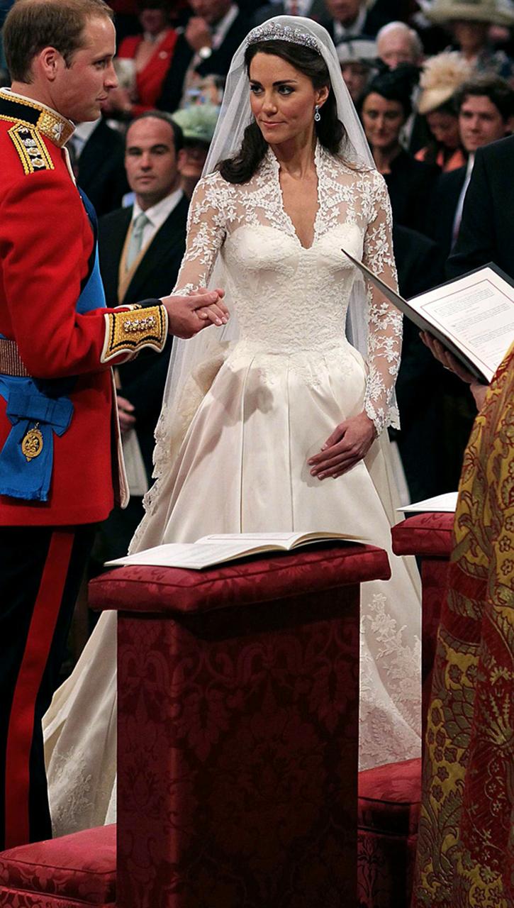 ケイト・ミドルトン ウイリアム王子 ウエディングドレス