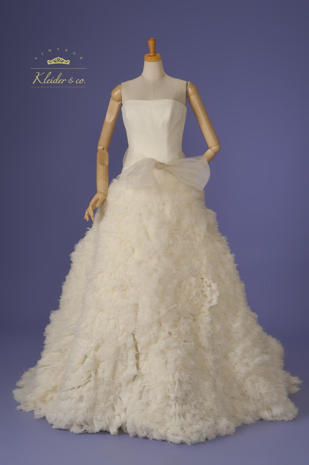 ヴェラ・ウォンウェディングドレス。