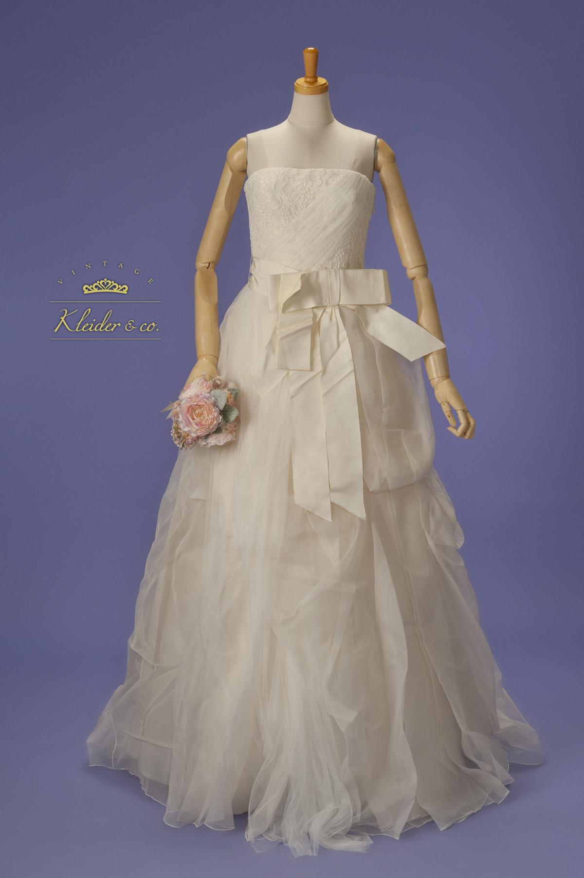 ヴェラ・ウォンのウェディングドレス。